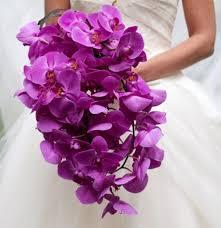 Сияйна орхидея - булчински букет